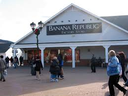 woodbury common premium outlets another outlet option in new york