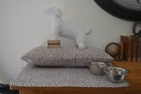 Panier Design Pour Chien Coussin Panier Couchage Et Set De Table Gamelle Pour Chien Et Ou
