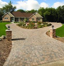 Recycled Brick Driveway Paving Roseville Pinterest Driveway by A Circular Cobblestone Driveway Adds A Degree Of Elegance To This