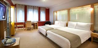 Hotel Review Cumberland Hotel London Daily Mail Online - Family hotel rooms london