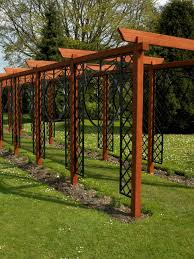 design ideas for arches and pergolas hgtv photo by dk arches pergolas 2000 dorling kindersley limited