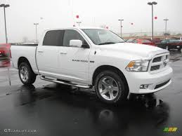 2011 dodge ram 1500 extended cab bright white 2011 dodge ram 1500 sport crew cab 4x4 exterior photo