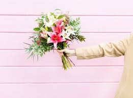 order flowers the best online flower delivery services for s day