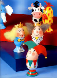 Easter Egg Decorating Ideas Characters by Easter Egg Craft Ideas Decorated Egg Holder Royal Family