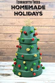 1diy weihnachtsbaum bastelideen weihnachtsdeko mit blumentöpfen