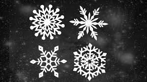 diy paper snowflakes frozen theme decor ideas