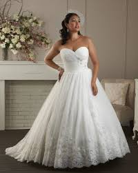 Wedding Dress For Curvy 30 Best Unforgettable By Bonny Images On Pinterest Wedding