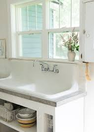 Farmhouse Sinks For Kitchens by Best 20 Vintage Sink Ideas On Pinterest Vintage Kitchen Sink