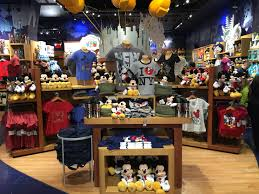 New York Themed Centerpieces by Mouseplanet A Visit To The Disney Store In New York City U0027s Famed