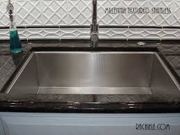 Non Scratch Kitchen Sinks by Stainless Steel Sinks That Hide Scratches And Water Spots