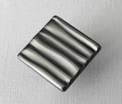 boutons de porte de cuisine poignee de meuble cuisine pas cher 12 th id oip euvvwc lzzy co