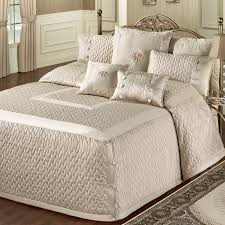 california king quilts and coverlets furniture amazing king bedspread luxury california king quilts