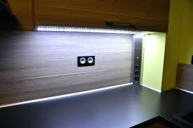faux plafond cuisine spot spot led pour cuisine led pour meuble de cuisine led pour plan de