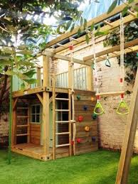 How To Build A Backyard Fort by Best 25 Castle Playhouse Ideas On Pinterest Playground Ideas