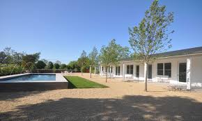 modern ranch house design by nicholas lee