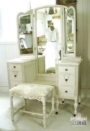 Vanity Table With Tri Fold Mirror Vanities Vanity Makeup Table Diy Vanity Makeup Table With Mirror