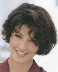 short curly hair cuts for women over 60 15 straightforward hairstyles for quick curly hair hairstyles