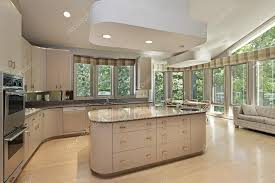 grande cuisine avec ilot central grande cuisine avec îlot central photographie lmphot 8656219