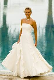 wedding dresses for abroad weddings abroad find that dress joyce