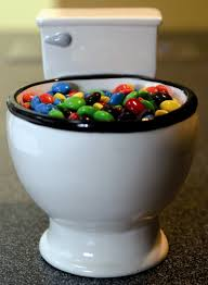 amazon com bigmouth inc emoji drink kooler kitchen u0026 dining bigmouth inc toilet mug amazon ca home u0026 kitchen