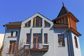 Das Haus Ein Schöner Erker Ziert Das Haus Re Max Immobilien Kontor Saarlouis