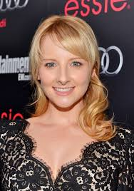 bernadette hairstyle how to melissa rauch as bernadette maryann rostenkowski melissa rauch