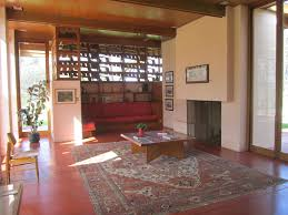the gordon house and the usonian style