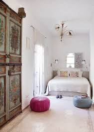 white bedrooms 30 monochromatic design ideas to steal from hotels