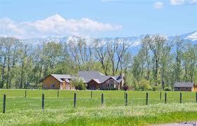 3 Bedroom Houses For Rent In Bozeman Mt Bozeman Horse Properties For Sale Livestock Facilities