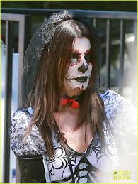 halloween party for babies sandra bullock goes spooky for halloween party with louis photo