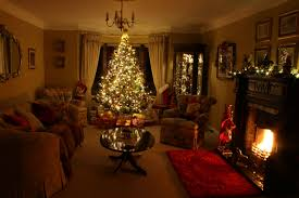 perfect christmas living rooms christmas living room decorating