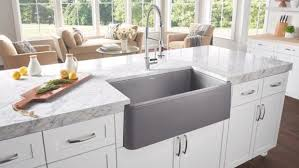 pictures of farmhouse sinks buying the farm house sink old kitchen feature back in fashion
