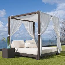 Outdoor Daybed With Canopy Outdoor Daybed Daybeds Patio Day Bed Modern Homeinfatuation