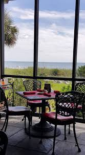 captain s table myrtle beach top 10 restaurants in sc to get the best crab cakes