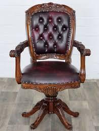 bureau style victorien fauteuil de bureau pivotant style anglais victorien en acajou