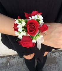 white corsages for prom best 25 prom corsage and boutonniere ideas on corsage