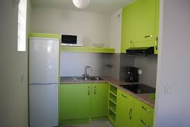 modele placard de cuisine en bois placard sur mesure de cuisine contemporaine modèles et designs