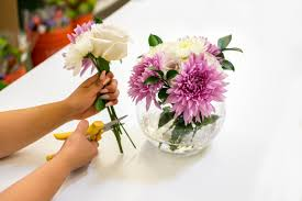 floral arrangements how to arrange flowers 6 diy floral arrangements architectural