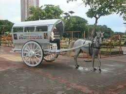 kalesa philippines the historical rizal park manila boundless footsteps