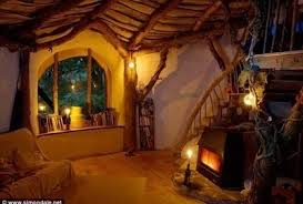 hobbit home interior he built a hobbit house with only 5 000 the inside is amazing