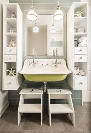 Bright Blue Bathroom Accessories by Best 25 Kid Bathroom Decor Ideas On Pinterest Half Bathroom