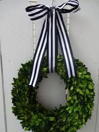 preserved boxwood wreath best 25 boxwood wreath ideas on stair wall decor