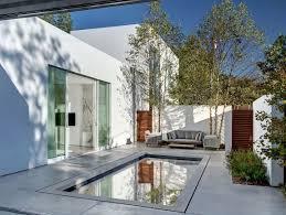 Home Courtyard Giving The Courtyard Home An Urban Twist Casa Di Luce In Dallas