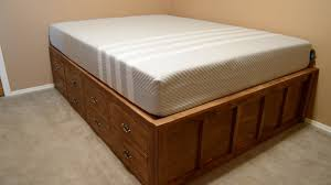 Simple Queen Platform Bed Plans by Diy Queen Bed Frame With Drawer Storage Wilker Do U0027s