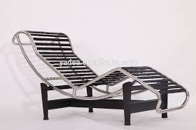 le corbusier furniture production cognac brown aniline leather lc4