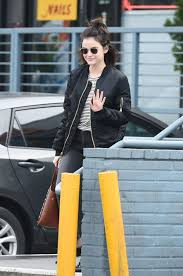 lucy hale leaves a nail salon in los angeles 01 07 2016