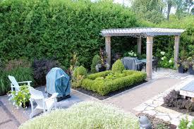 jardin paysager avec piscine paysagiste rive sud u2022 verdeko paysagement