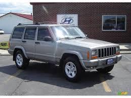 2001 silverstone metallic jeep cherokee classic 4x4 15570982