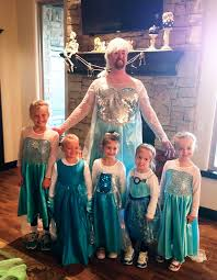 Elsa Halloween Costumes 13 Dads U0026 Daughters Won Halloween Bored Panda