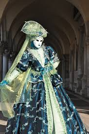 venetian carnival costumes venice italy carnival costumes fritelle hot chocolate and